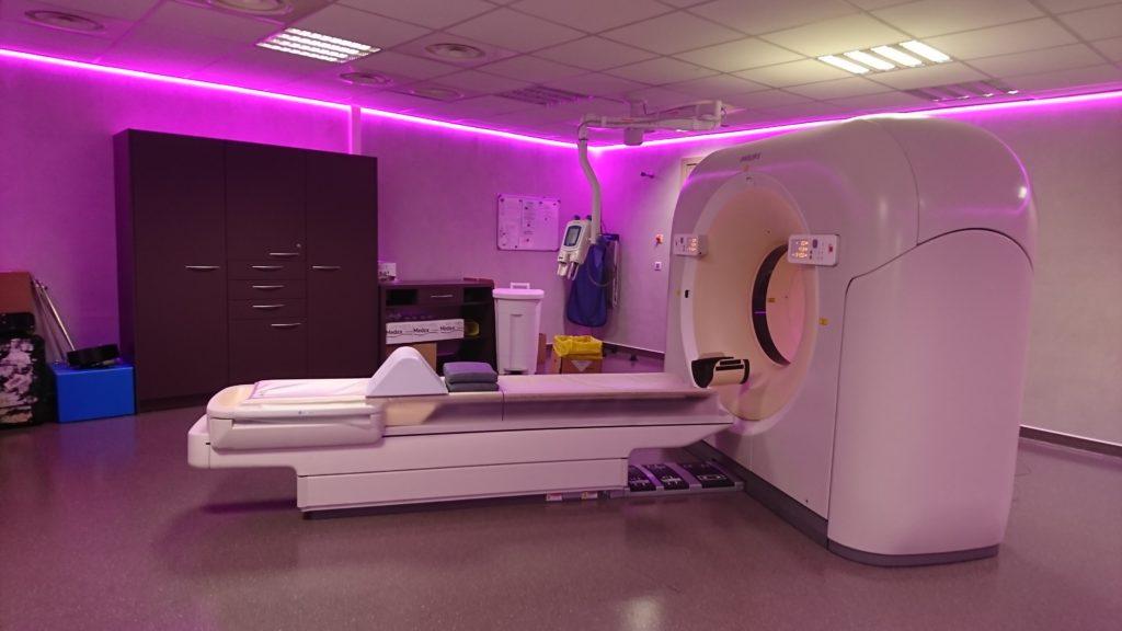 L'éclairage modulable est opérationnel dans la salle de scanner